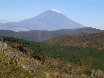 101105-2ロープウエイから富士山4.JPG